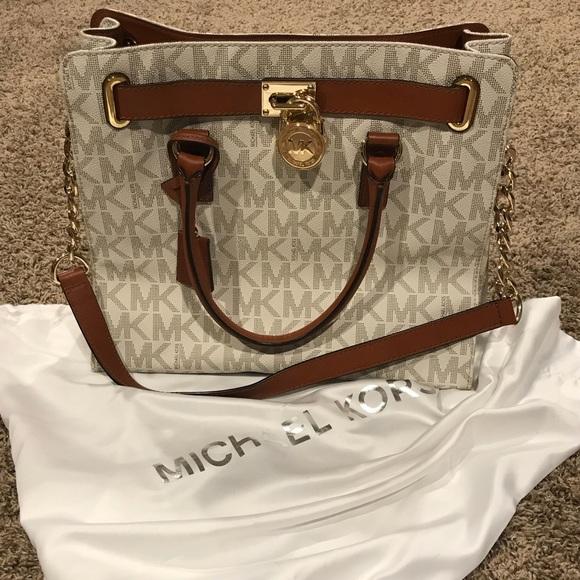 1c3bbcf936eb19 Michael Kors Bags | Hamilton Large Logo Tote In Vanilla | Poshmark